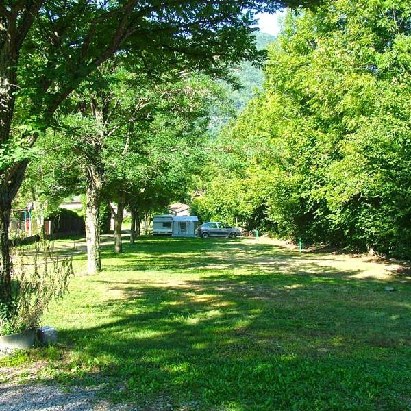 Emplacements camping vallée de beille